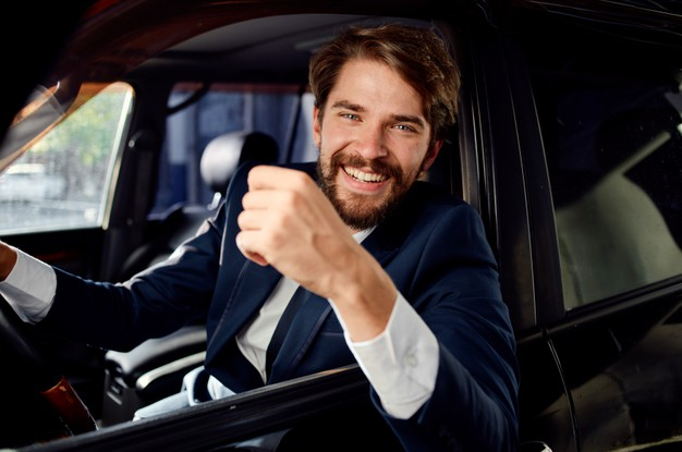 Hire Professional Chauffeur Service to Make Your Travelling Easier